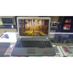 Продается ноутбук Samsung R530